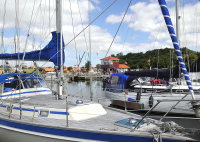 Visitor_at_Marina-Minde_RUN_17971